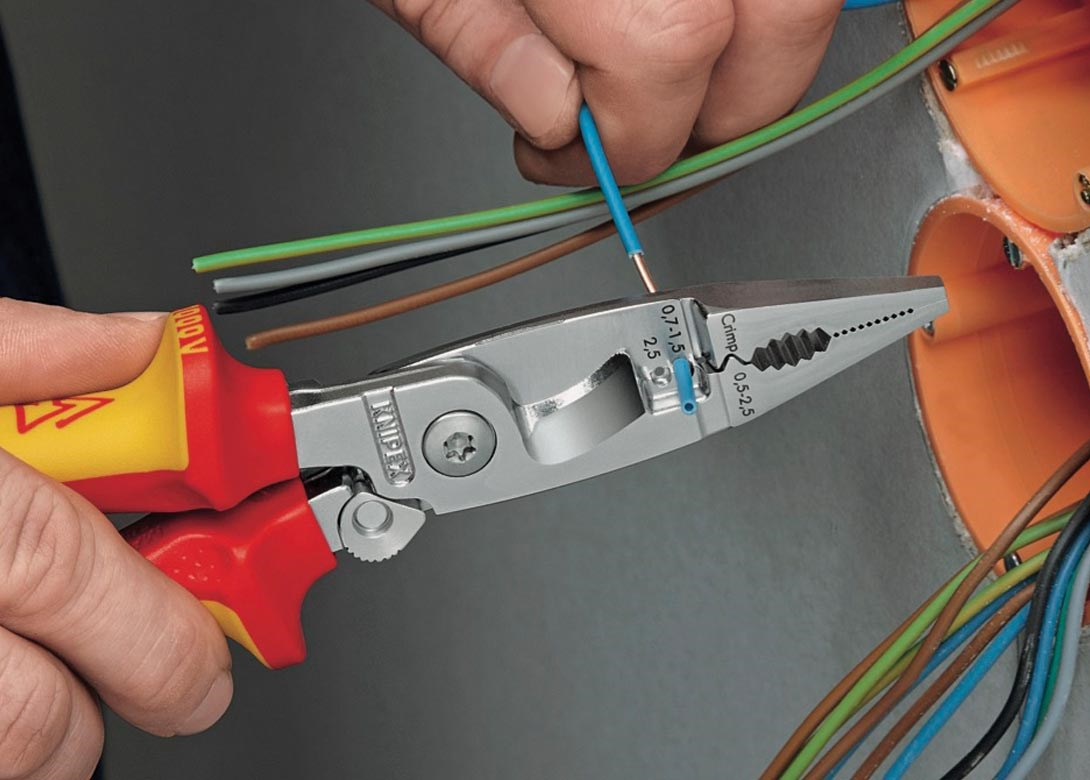 Usability and protection for electrical work   Fastener + Fixing ...